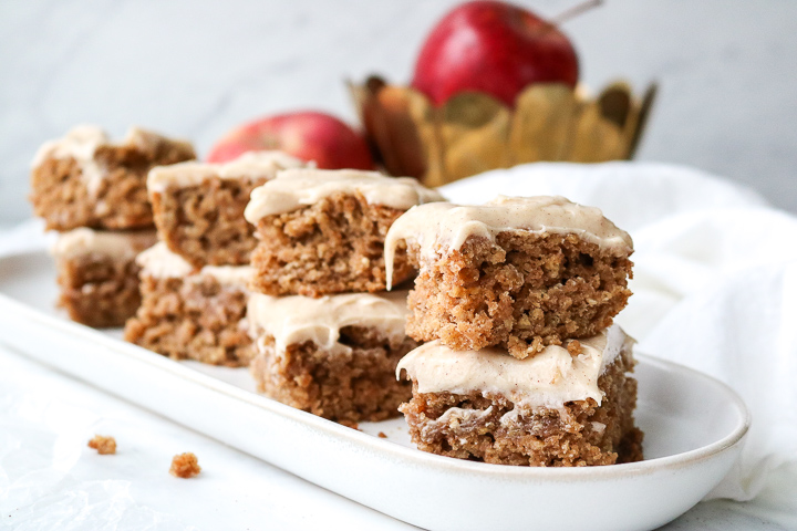 Applesauce bars with spiced cream cheese frosting